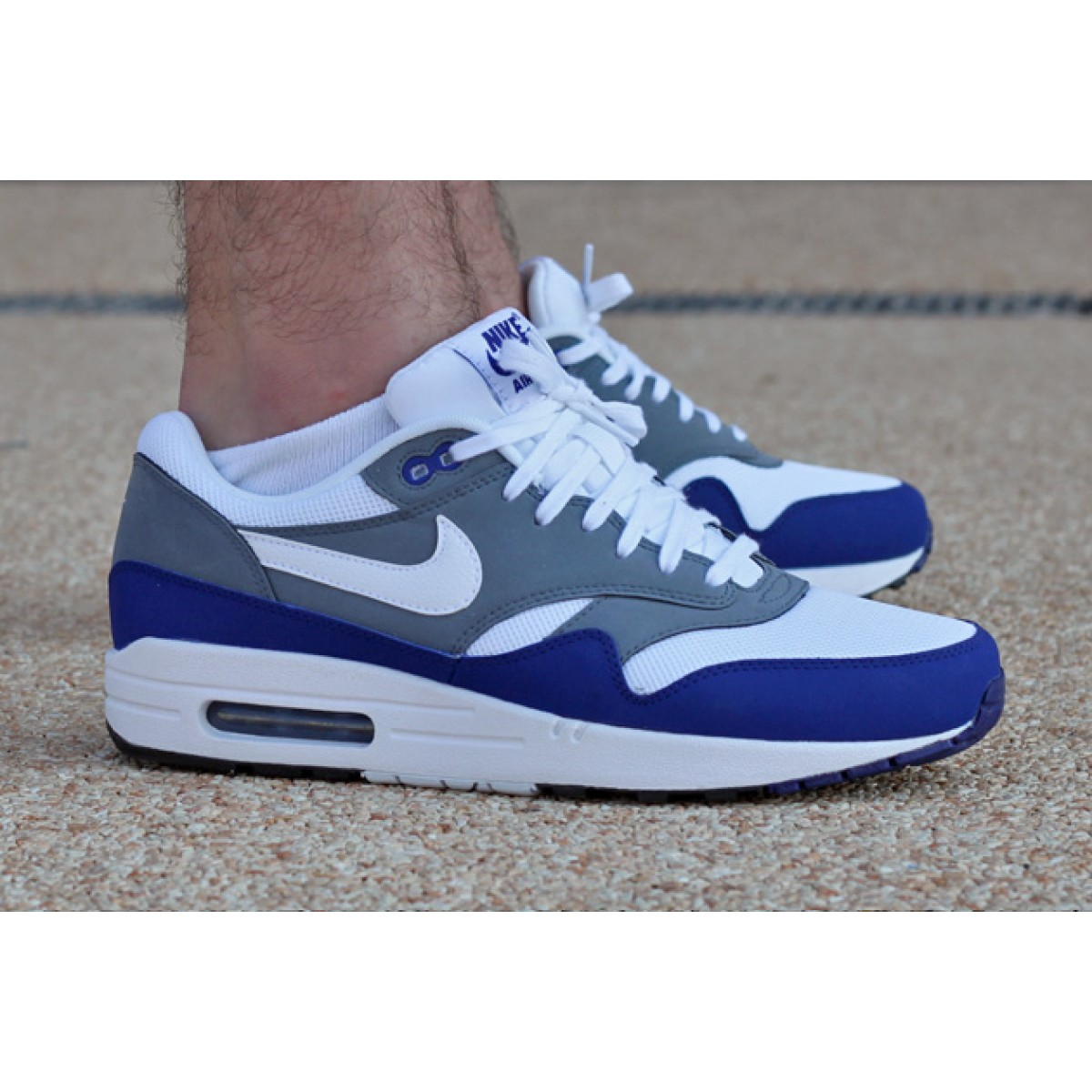 chaussures homme nike air max one